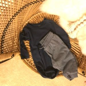 H&M navy onesie and marled joggers (set)